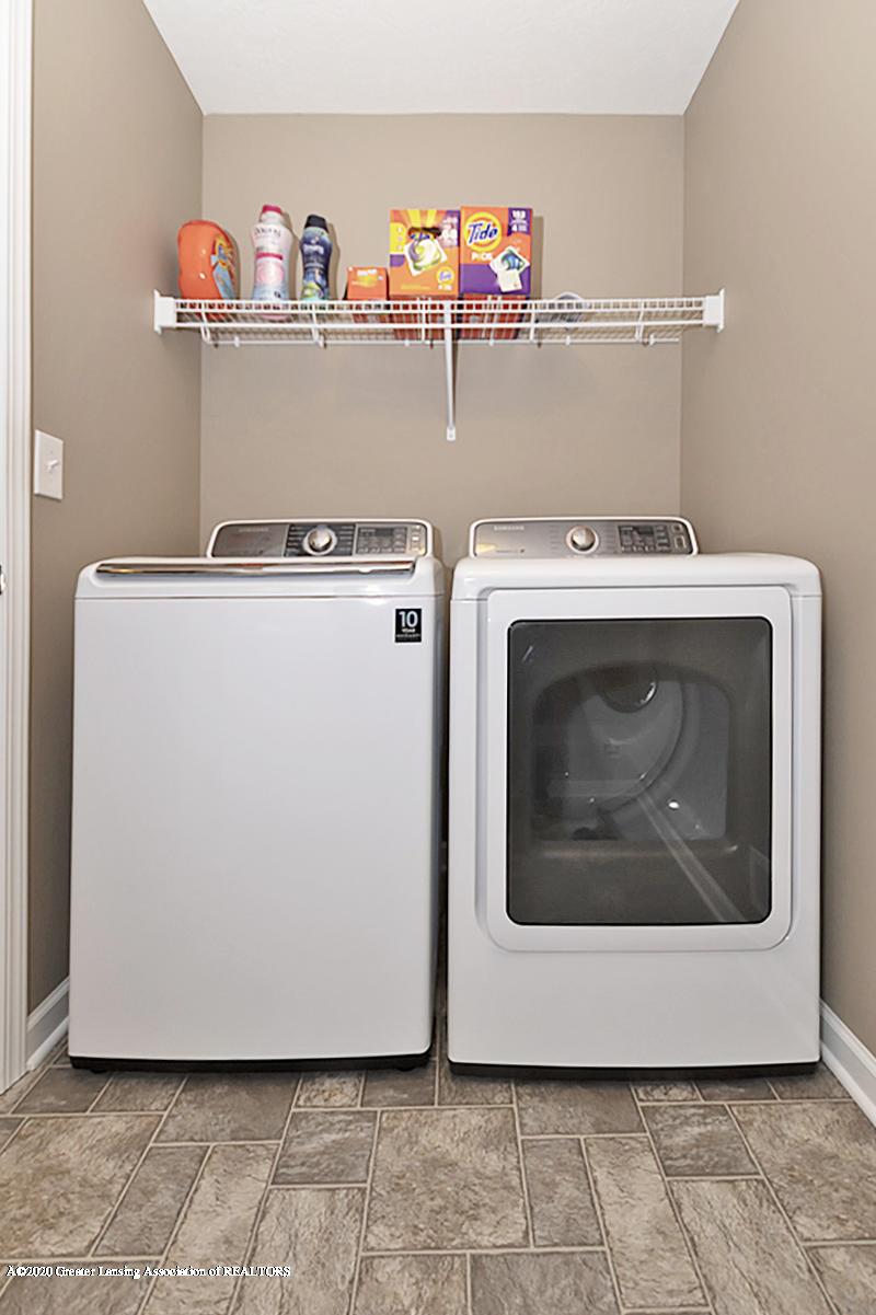 6750 Castleton Dr - 2nd Floor Laundry - 16