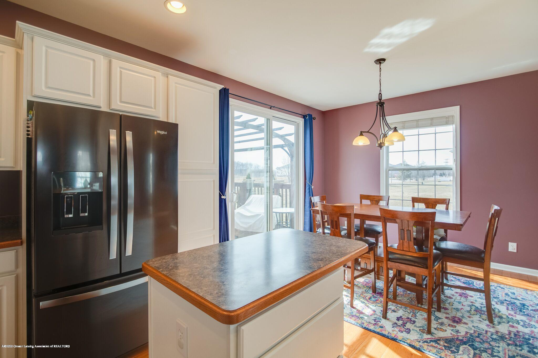 601 Anhinga Dr - Kitchen/Dining - 14
