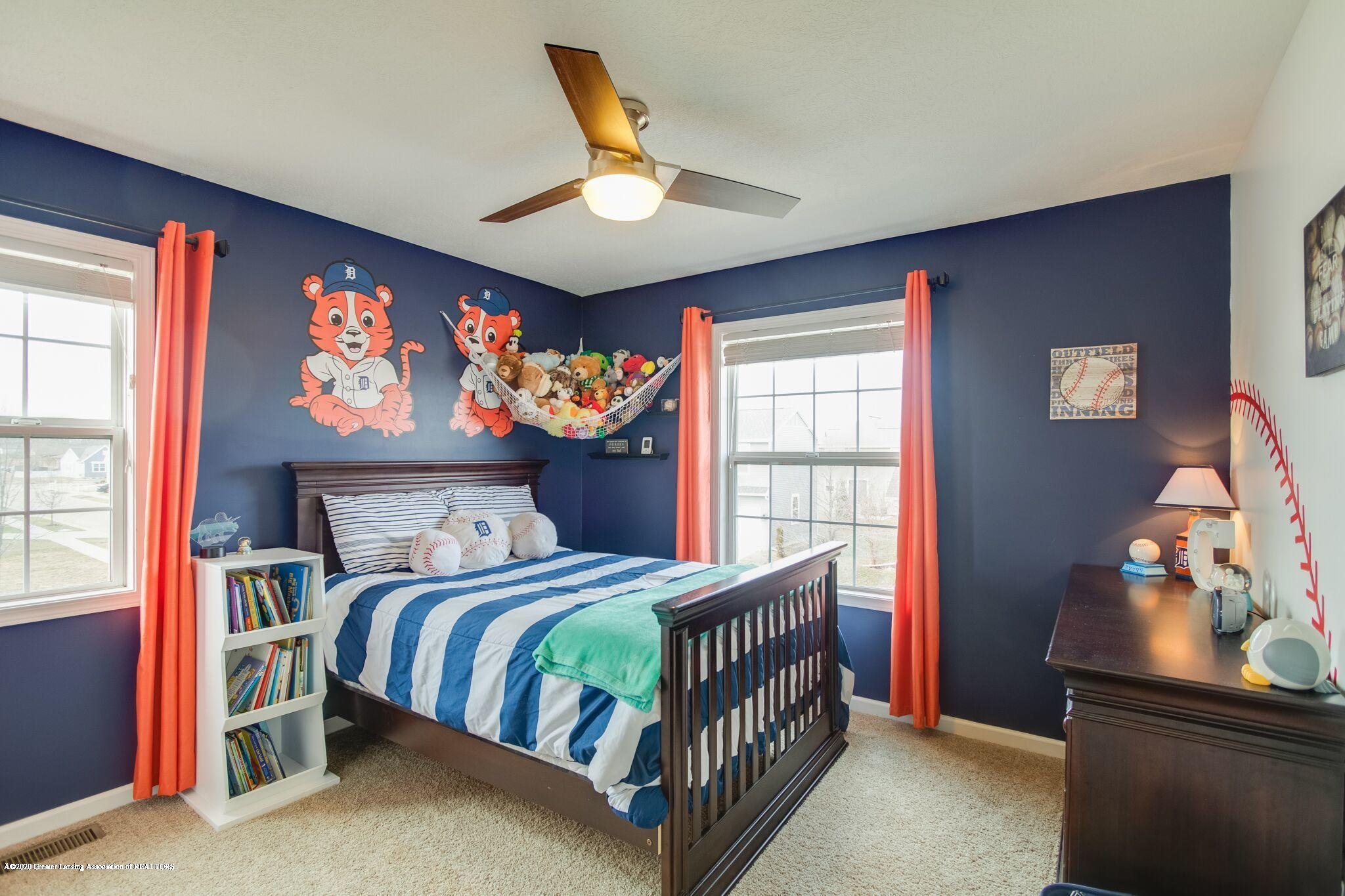 601 Anhinga Dr - Bedroom 2 - 32