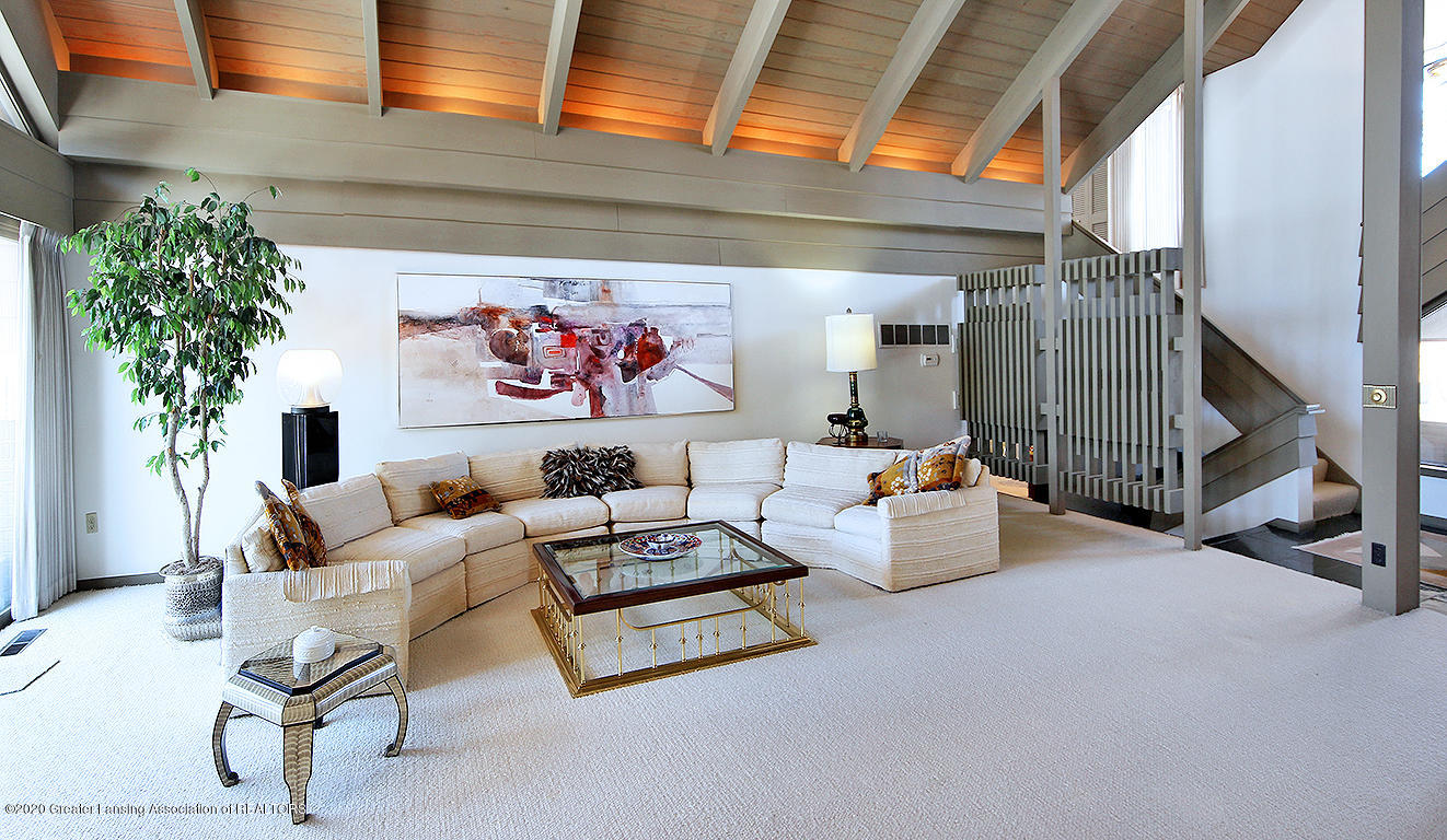 4567 Sequoia Trail - Beamed ceiling - 7