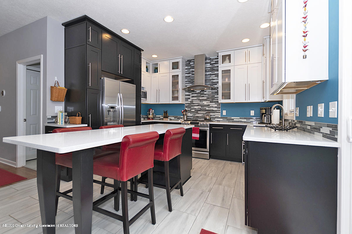 696 Phoebe Ln - Remodeled kitchen - 5