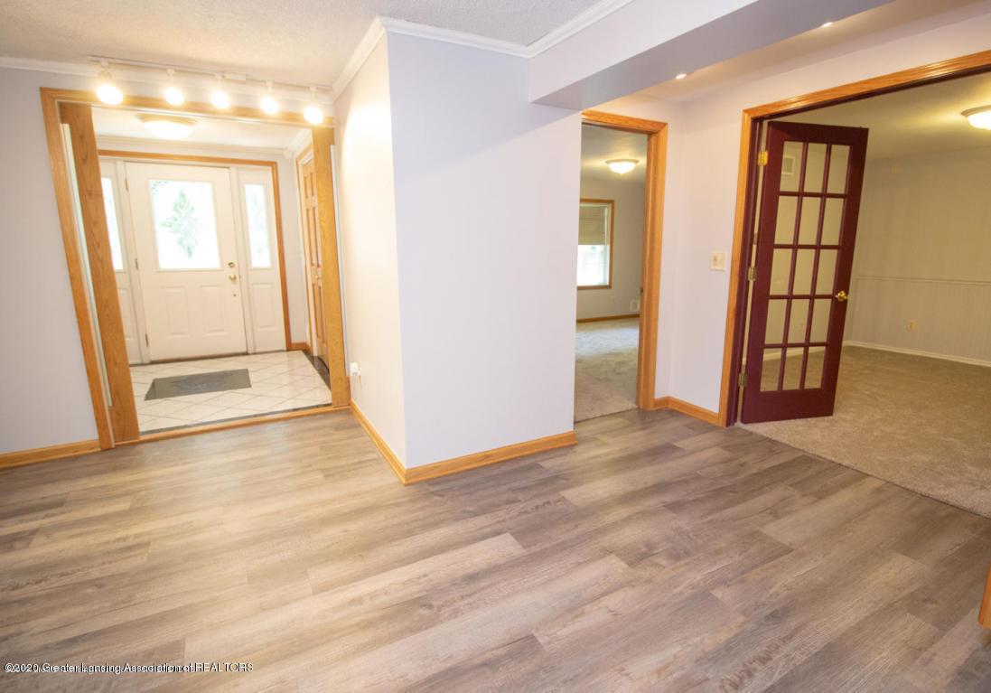 5891 Zimmer Rd - 5 - 5