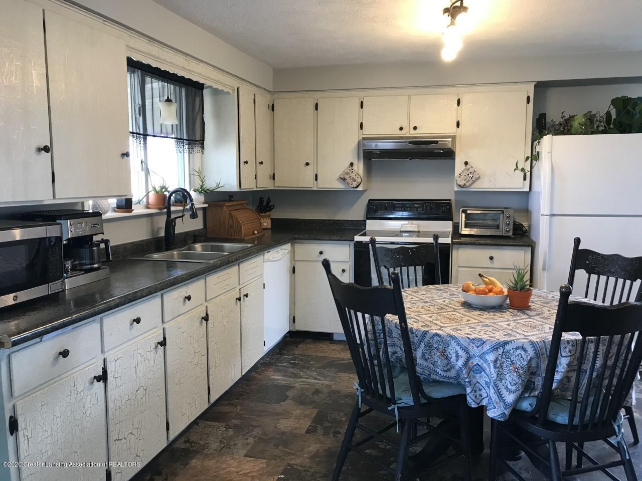 1011 W Silvers Rd - Kitchen 1 - 2