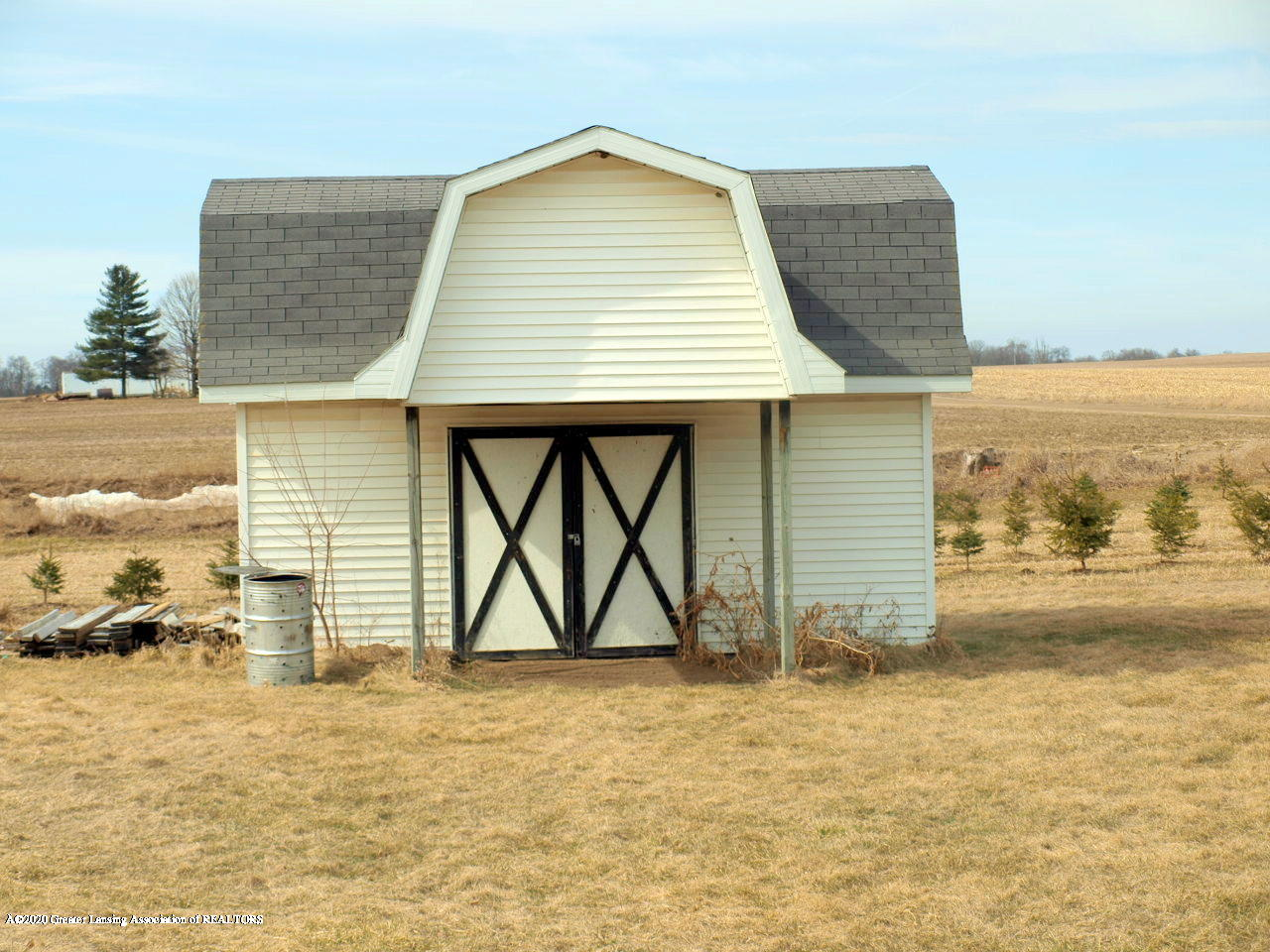 1011 W Silvers Rd - Shed - 24