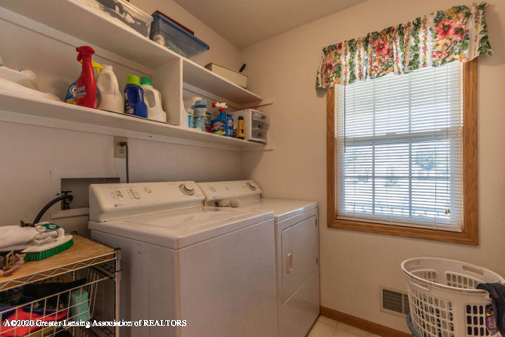 3853 Bush Gardens Ln - Laundry - 16
