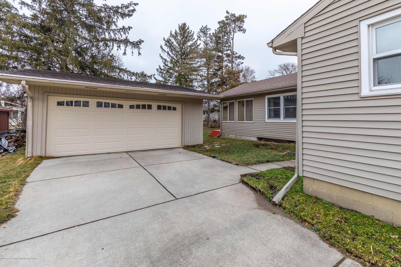 2698 Roseland Ave - Backyard - 29