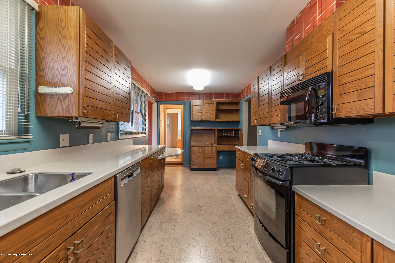 2698 Roseland Ave - Kitchen - 8