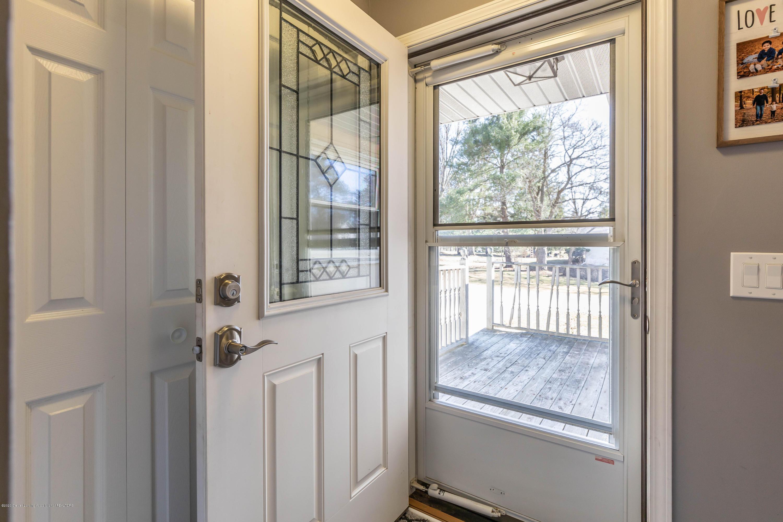 13346 Wood Rd - Foyer - 2
