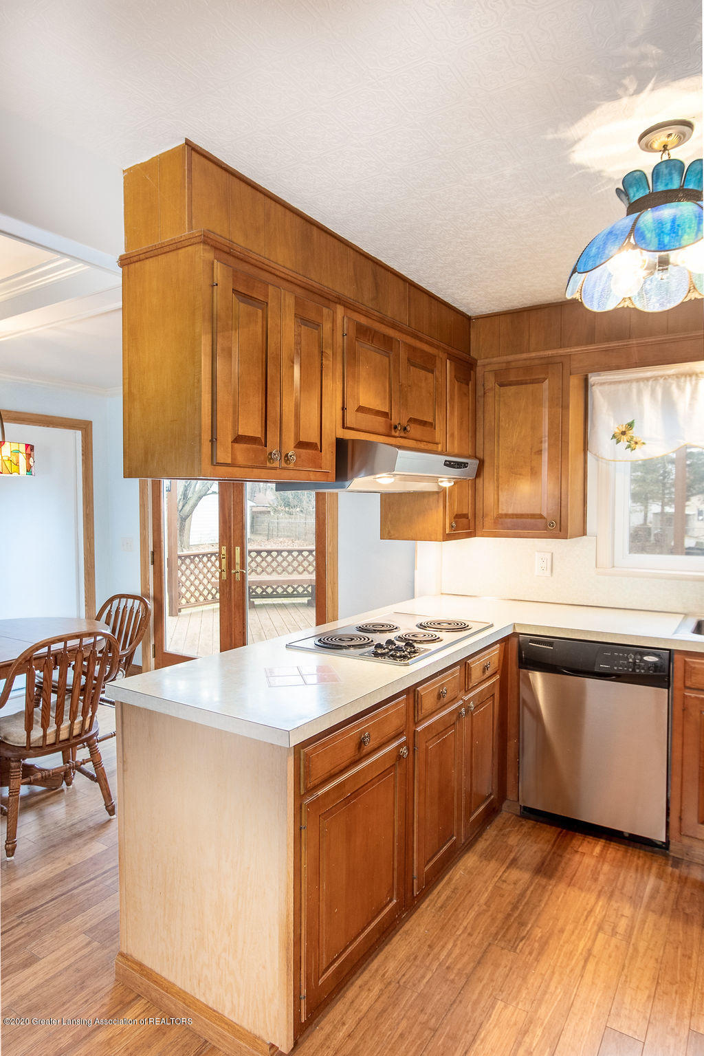 1910 Adelpha Ave - Kitchen - 11