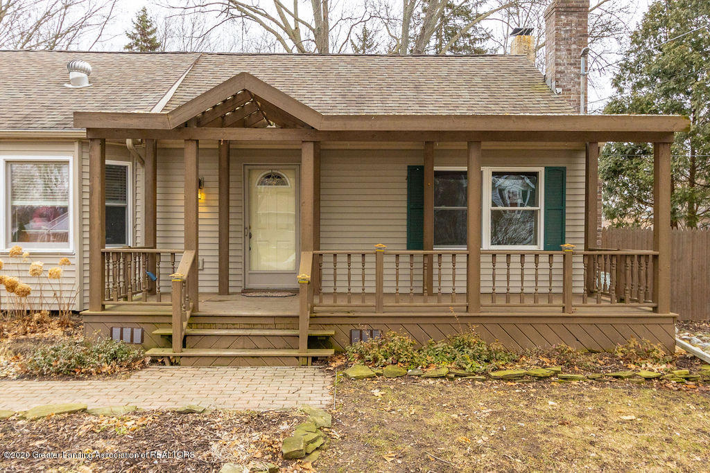 1910 Adelpha Ave - Front Exterior - 6