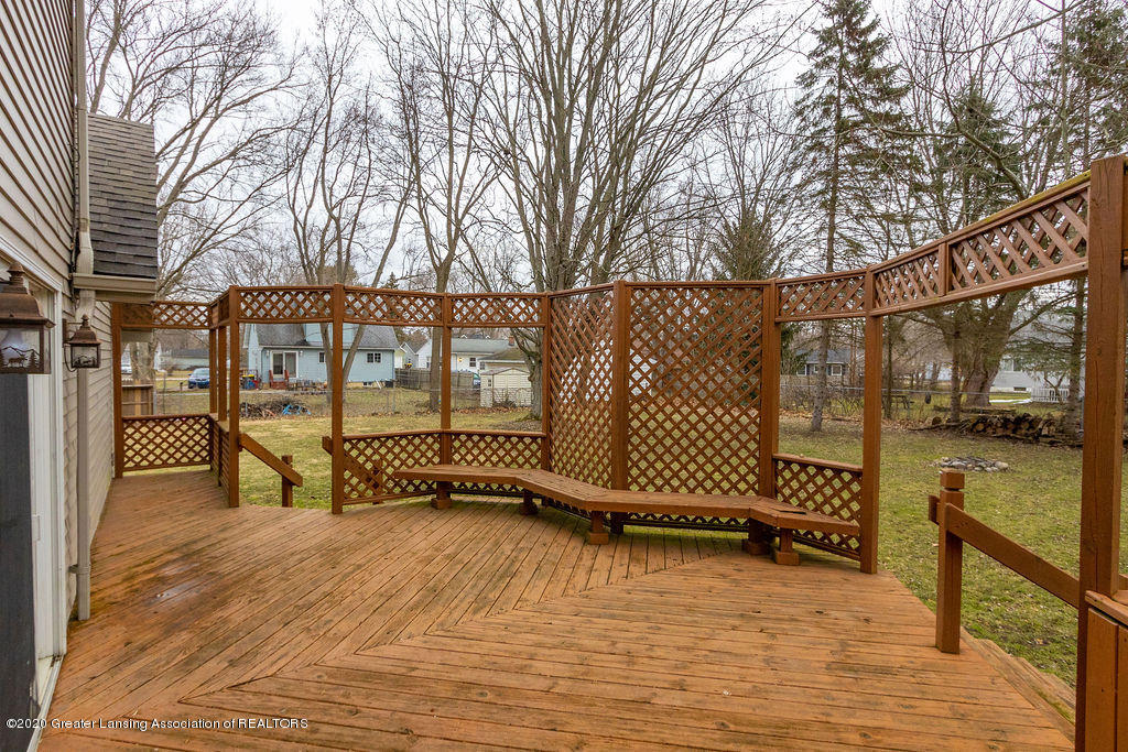 1910 Adelpha Ave - Back Deck - 26