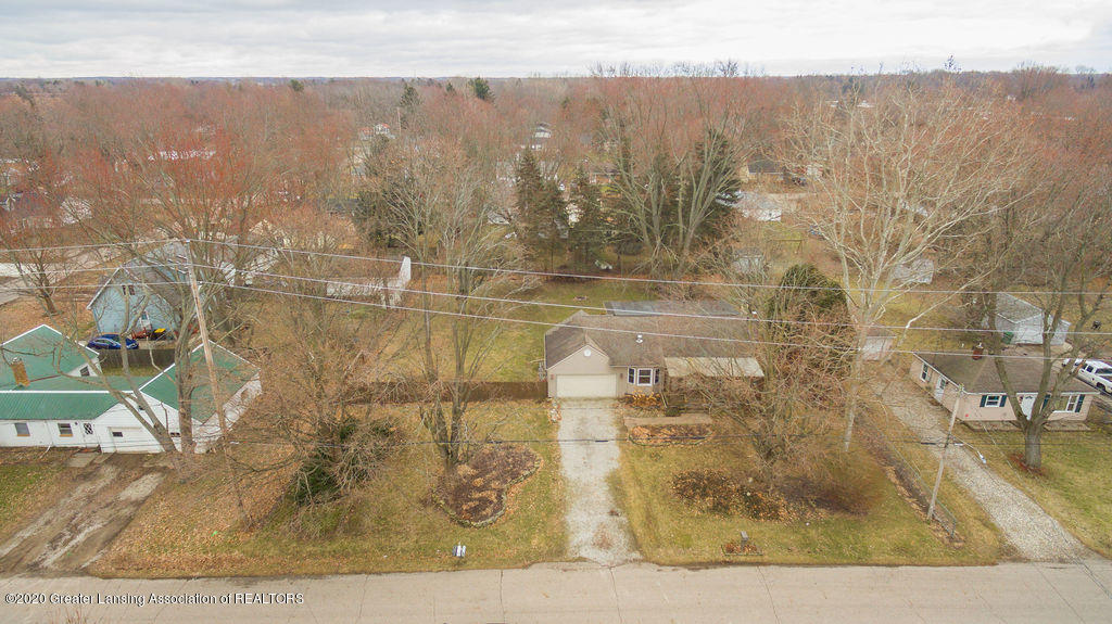 1910 Adelpha Ave - Front aerial - 2