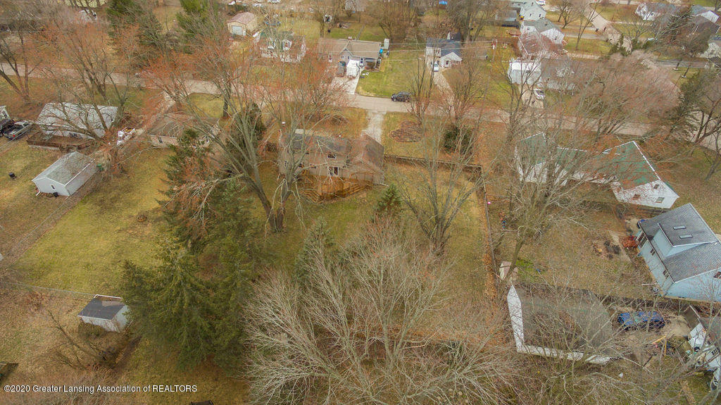 1910 Adelpha Ave - Property Aerial - 33