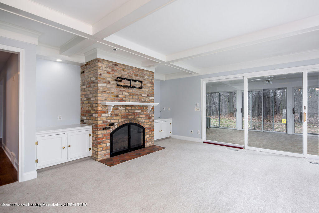 4751 Mohican Ln - FAMILY ROOM 1 - 7