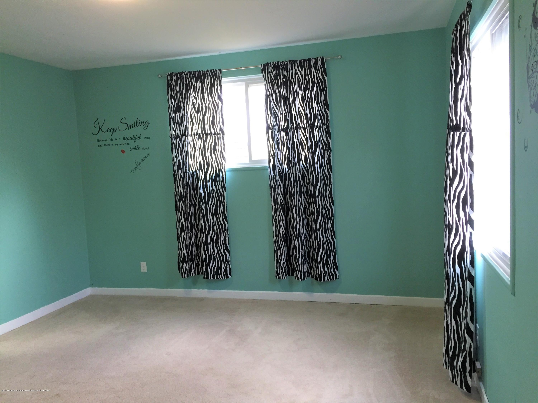 4111 Clayborn Rd - 18 Bedroom 2 - 20