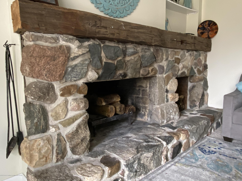 5942 W Sleepy Hollow Ln - Fireplace - 8
