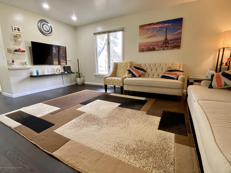 5942 W Sleepy Hollow Ln - Living Room - 23