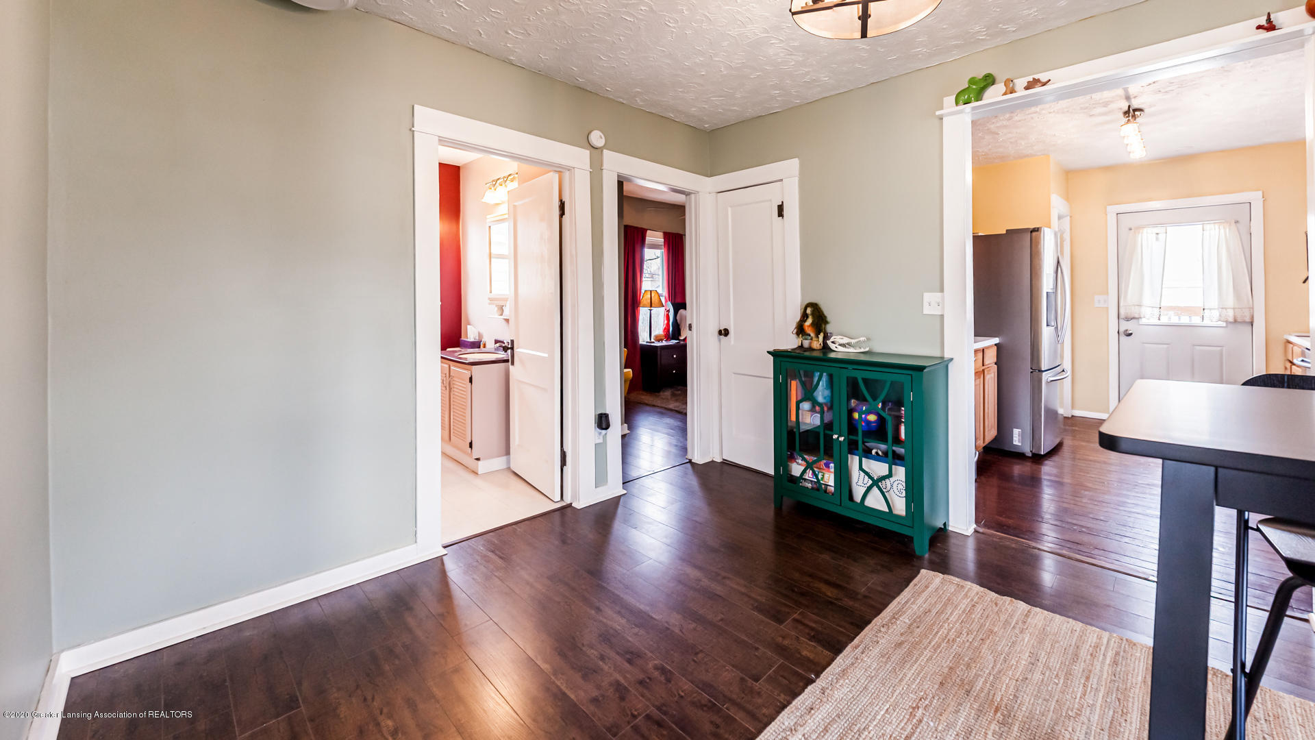 1021 Tisdale Ave - Dining Room - 8