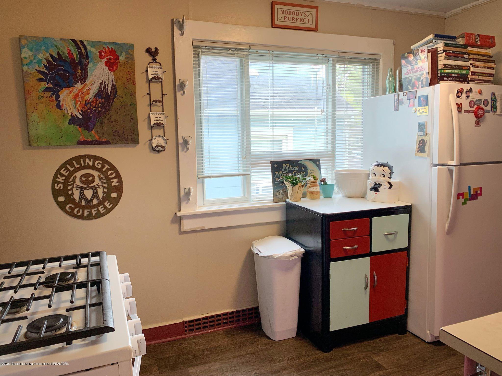 2014 Beal Ave - Kitchen - 10