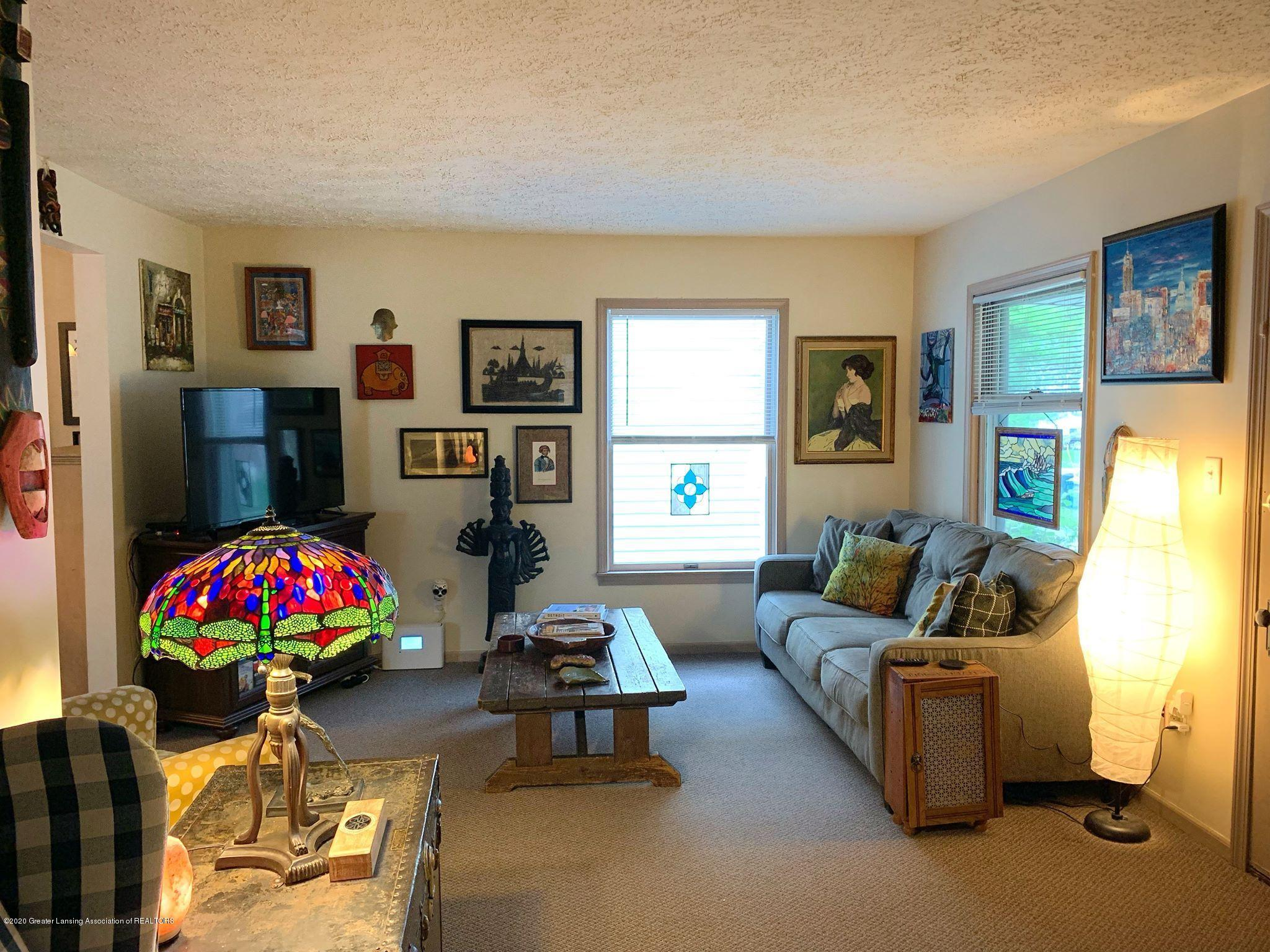2014 Beal Ave - Living Room - 4
