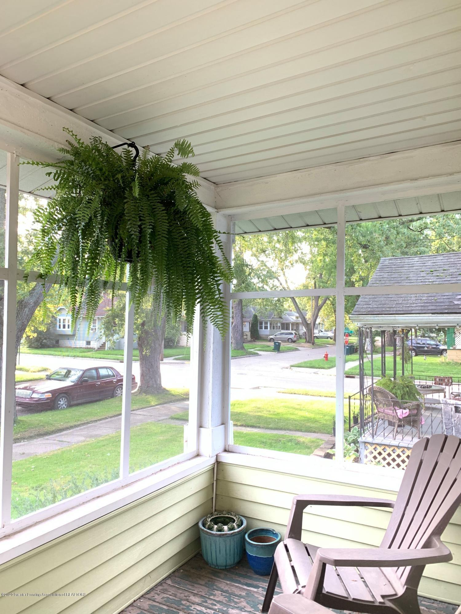 2014 Beal Ave - Screen Porch - 2