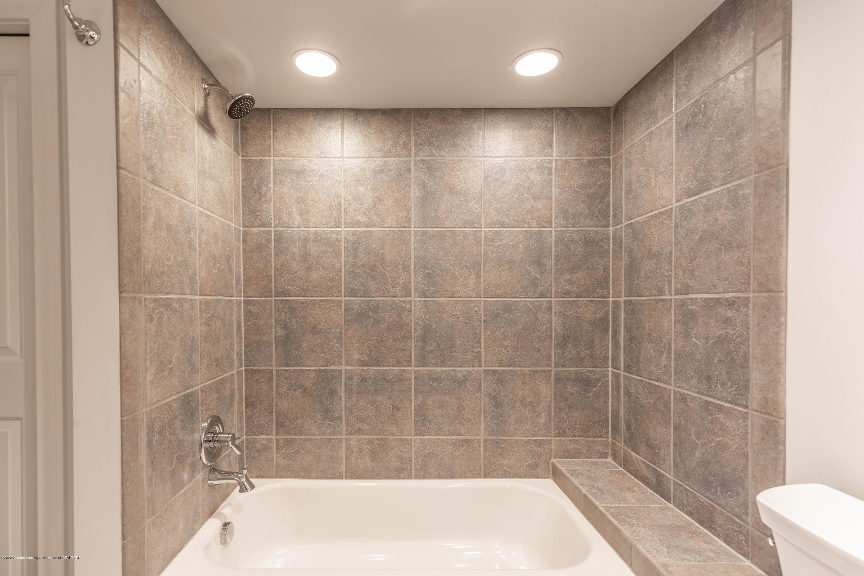3836 Baulistrol Dr - Basement Bath2 - 29