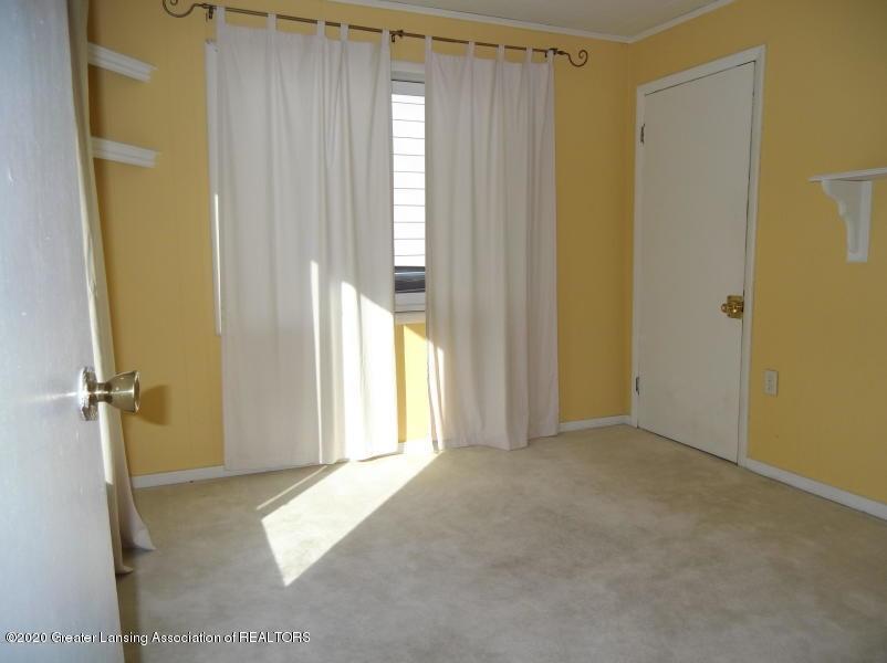 527 E Cavanaugh Rd - Bedroom - 15