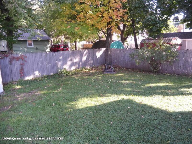 527 E Cavanaugh Rd - Yard - 19