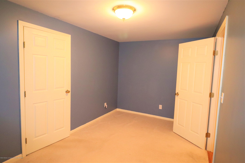 2943 12 Oaks Dr - Basement DEN Closet - 29