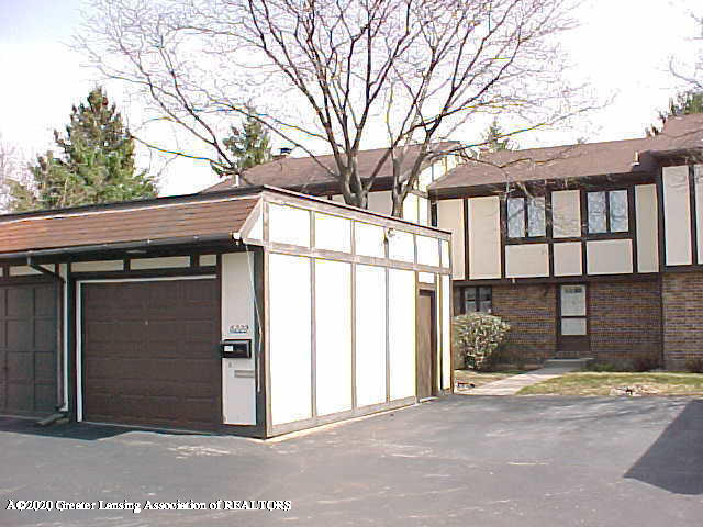 6222 Brookline Ct 26 - Front/Garage - 1