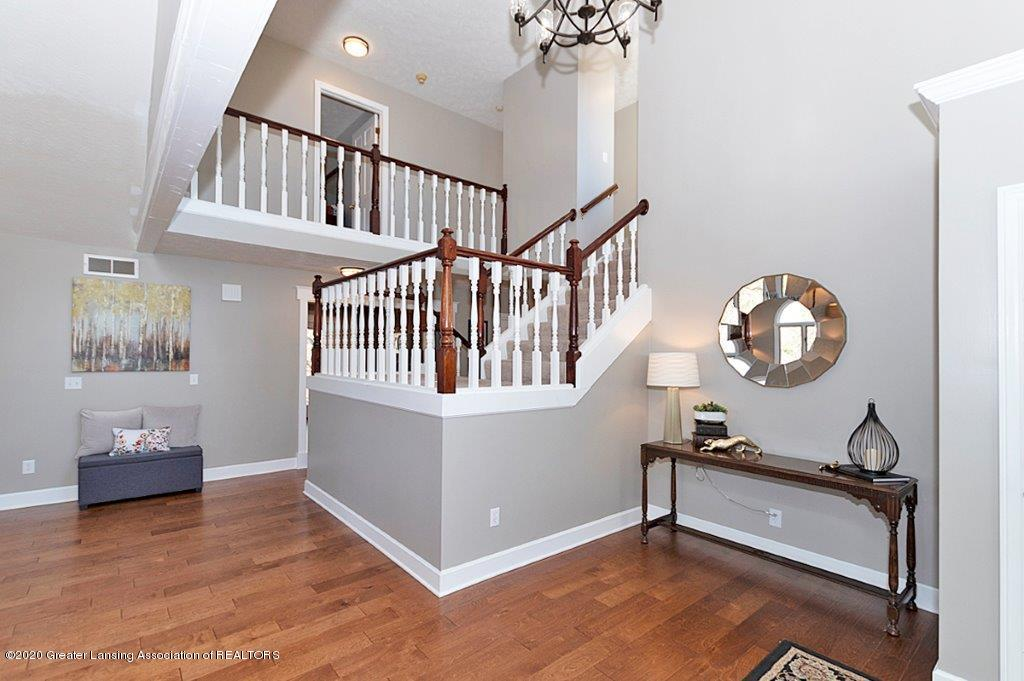 3794 Chippendale Dr - FOYER - 2