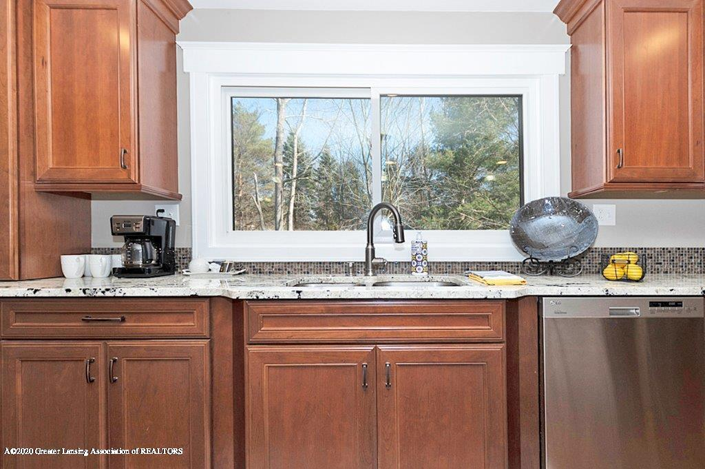 3794 Chippendale Dr - KITCHEN - 11