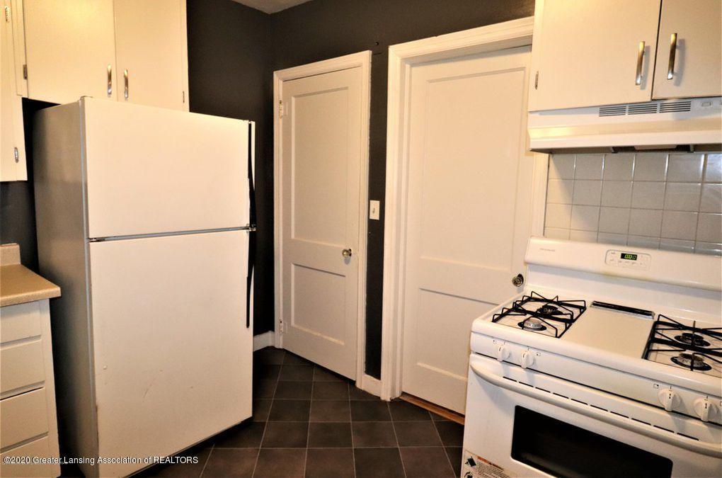 112 E Shaw St - Kitchen 3 - 10
