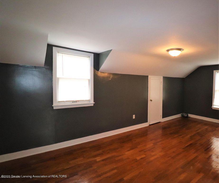 112 E Shaw St - Master Bedroom 2 - 16