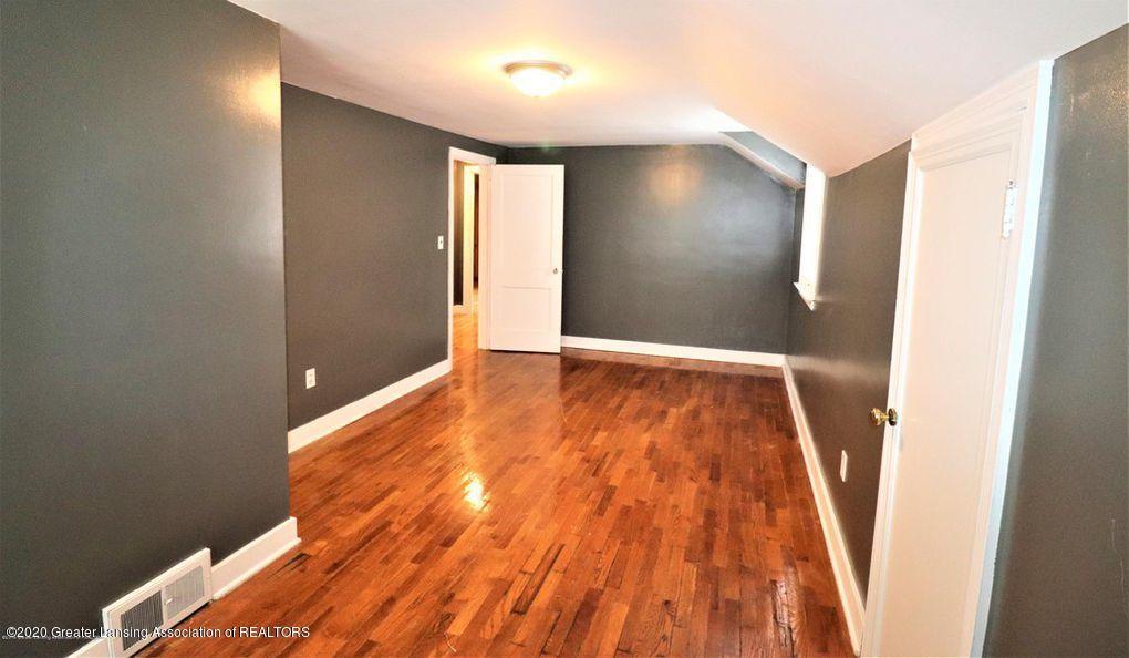 112 E Shaw St - Master Bedroom - 17