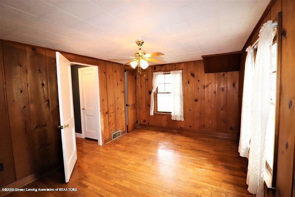 112 E Shaw St - Bedroom 3 (3) - 25