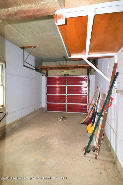 112 E Shaw St - Garage - 32