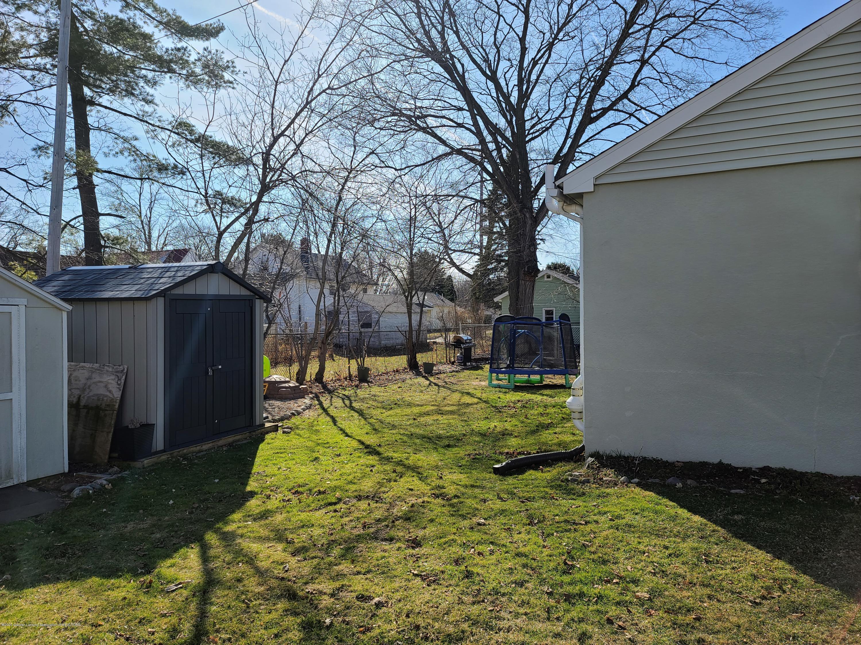 321 W Stoddard St - Back yard - 27