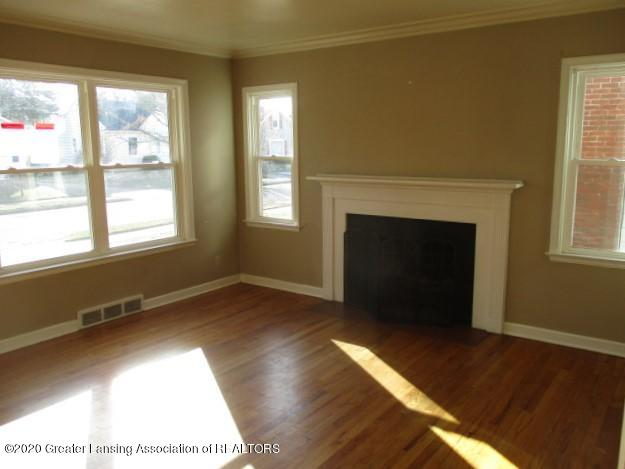 2304 Clifton Ave - IMG_7942 - 4