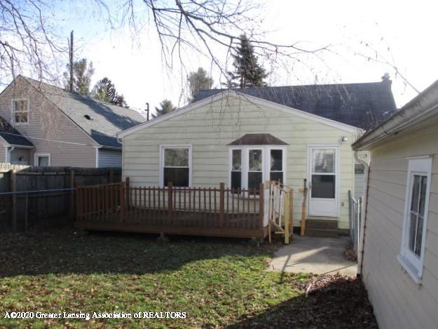 2304 Clifton Ave - IMG_7937 - 12