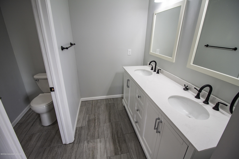 11750 N Cochran Rd - master bath vanity - 19