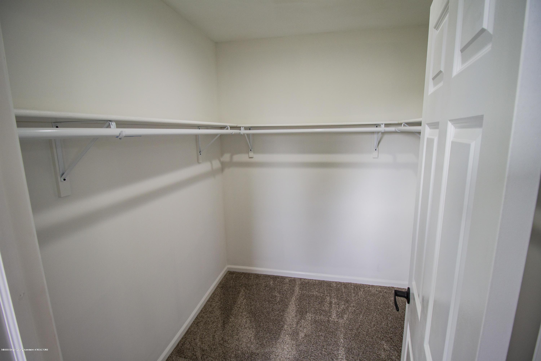 11750 N Cochran Rd - master closet - 21