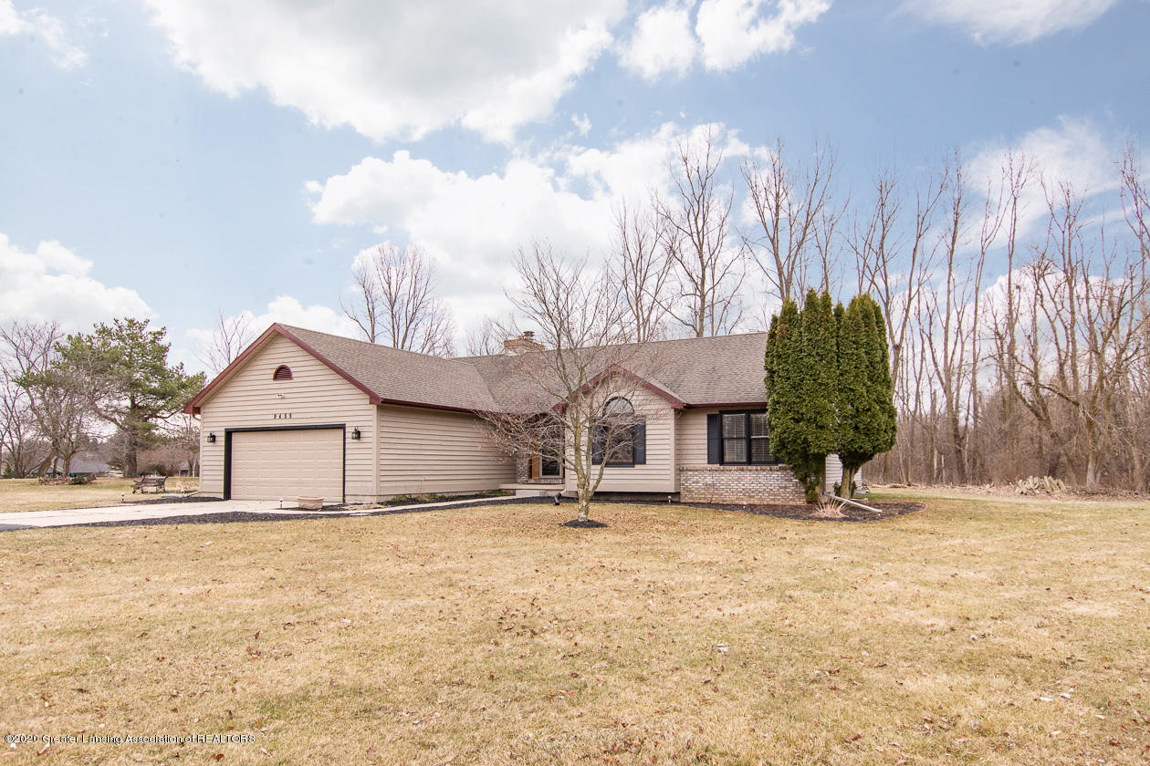 9455 Lookout Point Dr - Welcome home! - 1