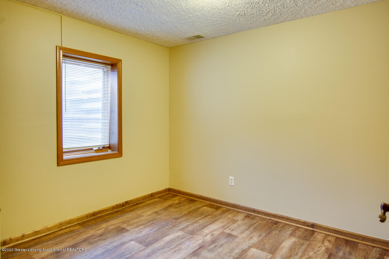 9455 Lookout Point Dr - Bedroom 4 - 26