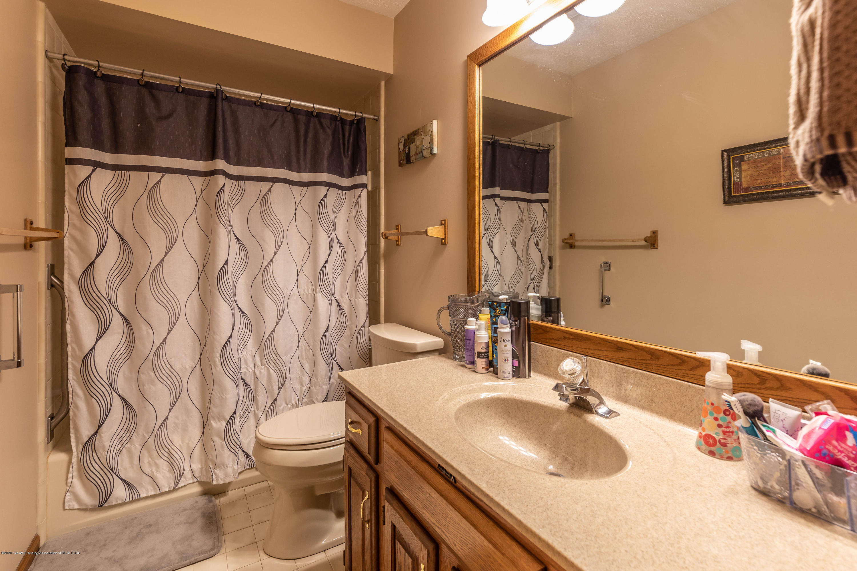 2860 Shadow Wood Dr - shadowbath - 21
