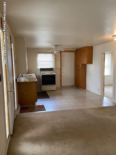 5682 Clark Rd - 5682 Clark kitchen - 6