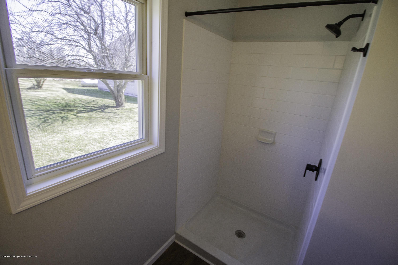 11750 N Cochran Rd - downstairs bath shower - 9