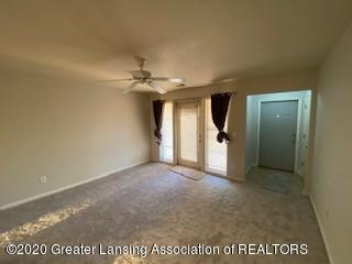 12907 Townsend Dr APT 612 - living room - 4