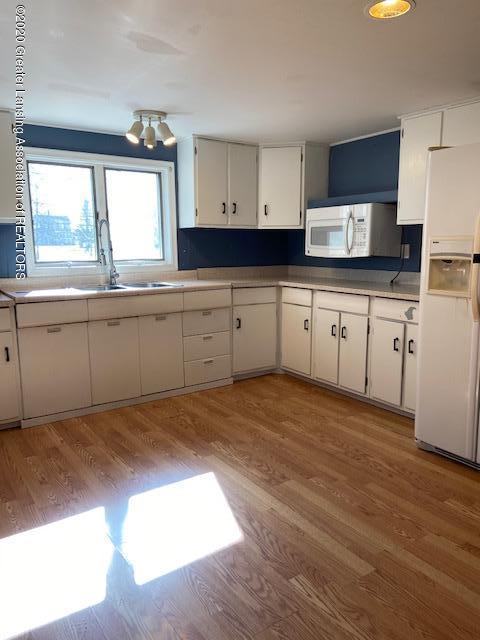 115 Abbott St - kitchen2 - 12
