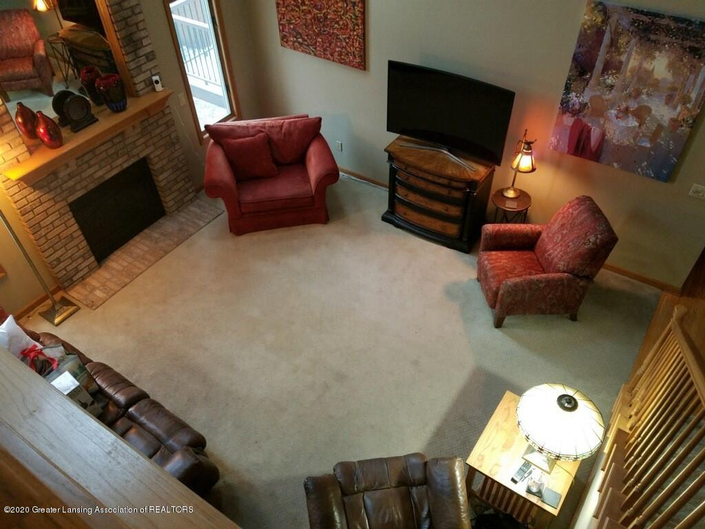 2349 Barnsbury Rd - Livingroom - 7